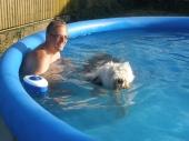 Kupanie v bazene